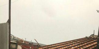 Из-за сильного ветра упало порядка 30 деревьев, повреждено 2 участка газопровода и 4 автомобиля. Коммунальщики ликвидируют последствия непогоды Новости Ульяновска, Ульяновск онлайн,Улпресса,73онлайн,сайт Ульяновска, официальный сайт Ульяновска,сми Ульяновска ,ульяновск сегодня, погода ульяновск,последствия шторма, ураган ульяновск,чп ульчновск,