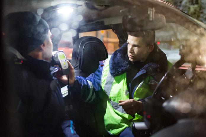 Ульяновских водителей проверят на трезвость Рейд ульяновского водителя, трезвый водитель,ульяновск рейд ДПС, ГИБДД рейд, ульяновский водитель