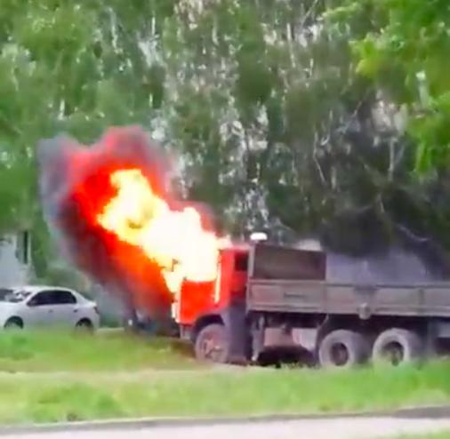 Ульяновск на Варейкиса сгорел КАМАЗ