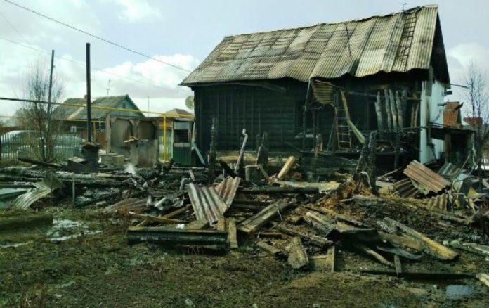 В Чердаклах во время игры дети сожгли частные надворные постройки Ульяновская область пожар, детям спички не игрушки, пожар ульяновск,Ульяновск лайф,лайф73,