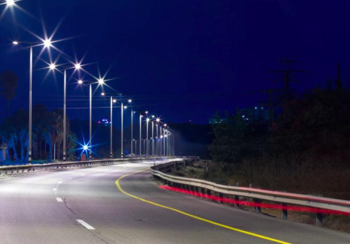 Миллиард на лампочки. В регионе запустят 5-летнюю программу модернизации уличного освещения Ульяновск ,ульяновск онлайн,корупция ульяновск,замена лампочек ульяновск,почему горит свет днем,