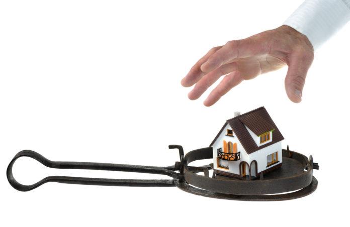 Руководитель несуществующей строительной фирмы продавал квартиры ульяновцам