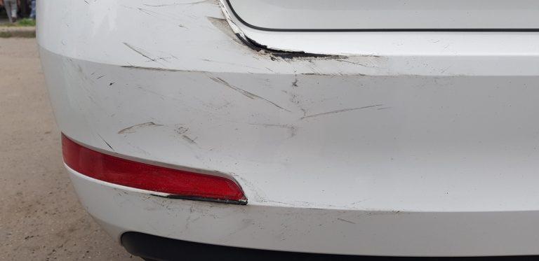 В Ульяновске водитель фуры протаранил три машины и уехал. Фото