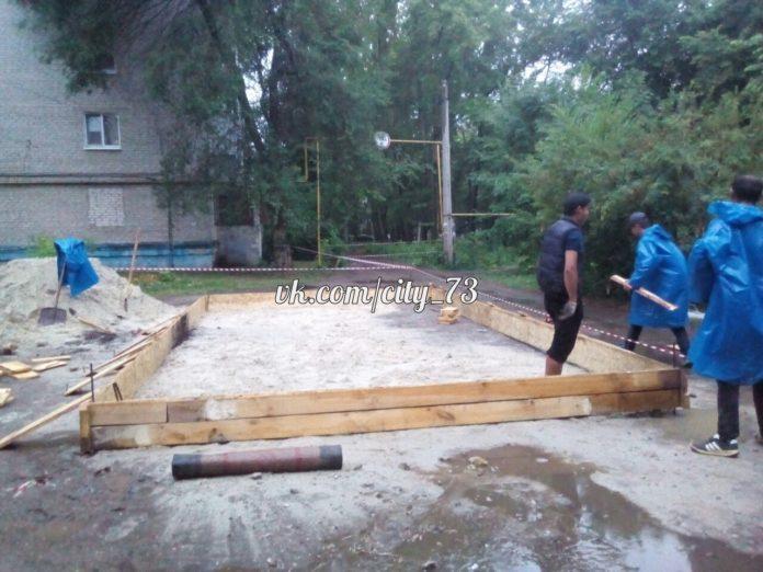 В Ульяновске покойник строит гараж