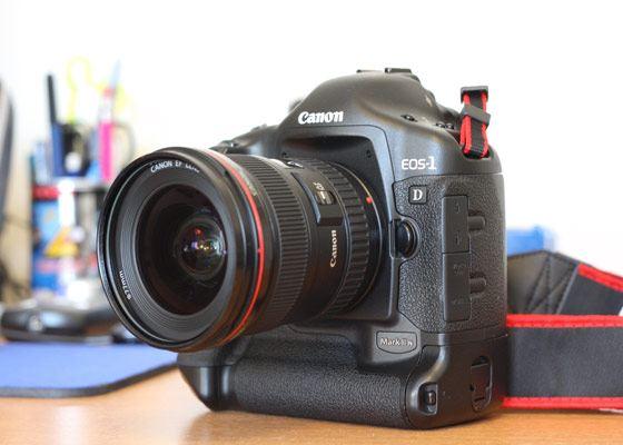 Хотят фотосессии проводить на работе? Ульяновские депутаты хотят купить фотоаппарат за 618 тысяч рублей