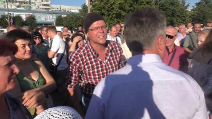 Во время митинга против пенсионной реформы, заволжцы прогнали со сцены Юмакулова