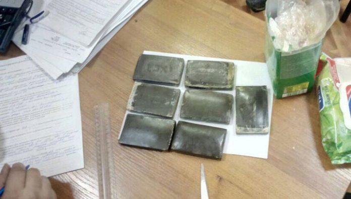 У ульяновского торговца наркотиками нашли дома килограмм мефедрона