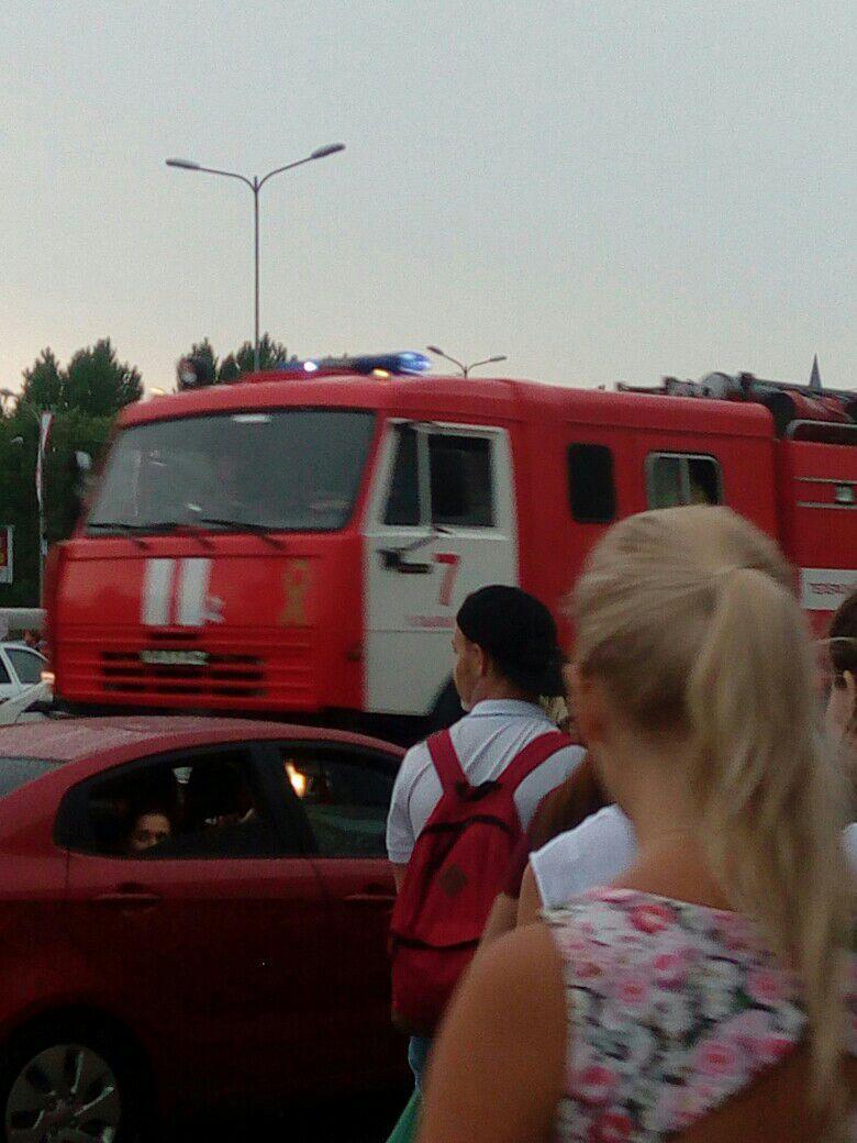 Из «Аквамолла» эвакуировали 700 ульяновцевм