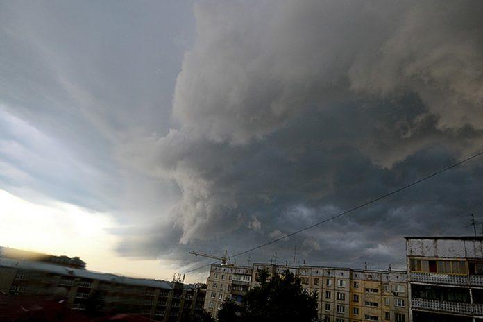 В ближайшие часы Ульяновск накроет ливень и град
