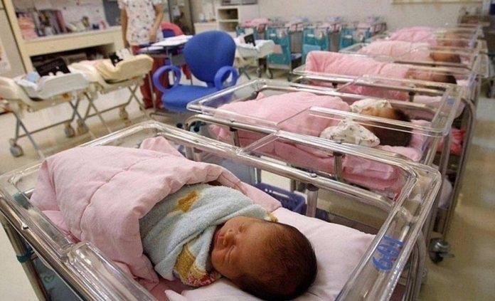 Артем и Анна остаются самыми популярными имена для ульяновских новорожденных