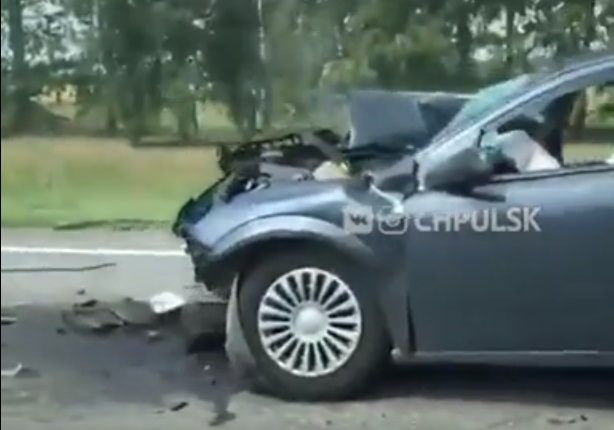 В Ульяновской области врезались иномарка и КамАЗ