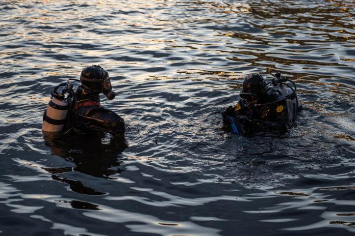 Ульяновские водолазы уже второй день ищут утонувшего рыбака
