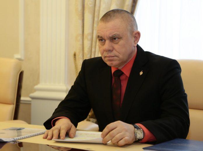 Яшин будет бороться с коррупцией на двух постах. Уполномоченный по коррупции возглавил и антикоррупционное управление в администрации области