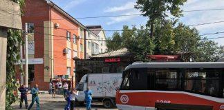 Ульяновец, который бросился под трамвай, умер
