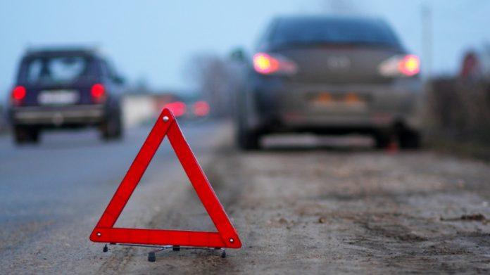 Под Ульяновском водитель «одиннадцатой» сбил двух подростков на обочине