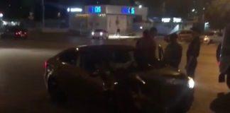 В Новом городе водитель иномарки пробил два ограждения