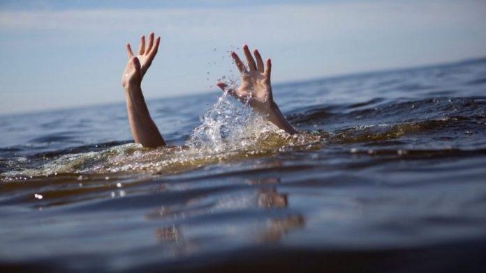 На Центральном пляже чуть не утонул ребенок. К счастью, рядом были спасатели