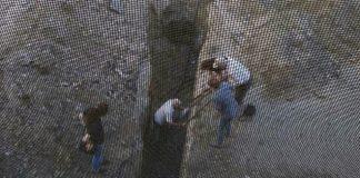 Ульяновский пенсионер второй раз подряд падает в яму, которую разрыли коммунальщики