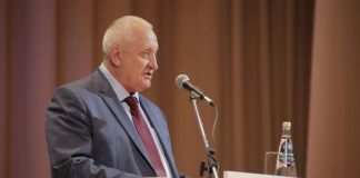 Анатолий Бакаев, секретарь ульяновского регионального отделения партии «Единая Россия»