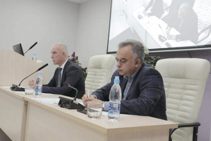 Губернатор Ульяновской области Сергей Морозов и министр здравоохранения Сергей Панченко